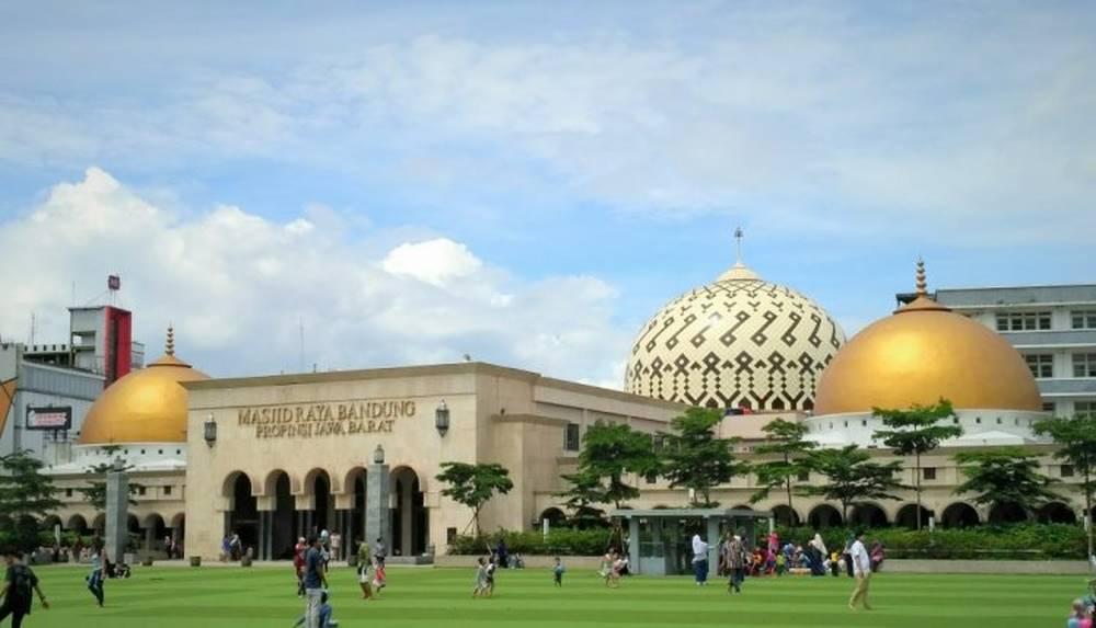 13.-MISJID-RAYA-BANDUNG-BANDUNG-INDONESIA-_-5